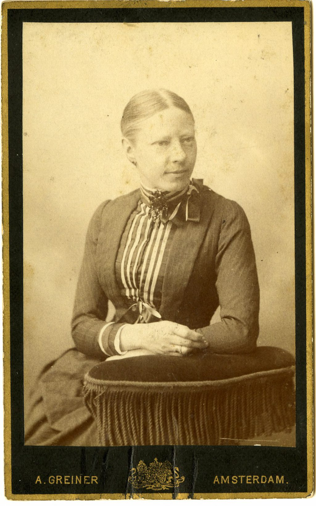 Agneta van Marken-Matthes, ca. 1880, foto Albert Greiner (TMS 132)