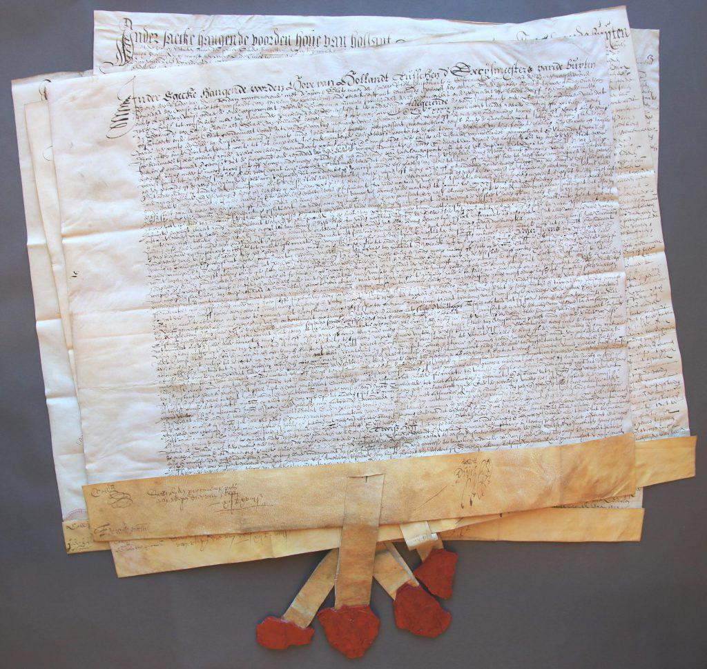 Vier vonnissen van het Hof van Holland in geschillen tussen Delft en Amsterdam, 1613 (Archief 1, inv.nrs 1633-1636, charters 7129-7132)]