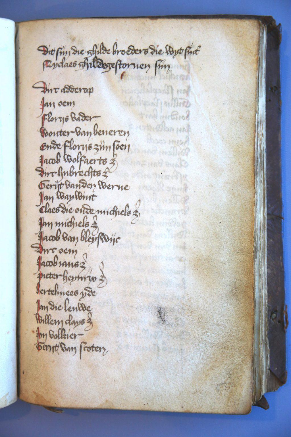 Archief 229 inv.nr 317 Gildeboek van het Sint-Nicolaasgilde, omstreeks 1450 (Archief 229, inv.nr 317)