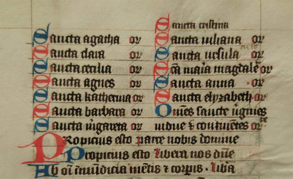 Agatha bovenaan het lijstje met heilige martelaressen in een handschrift uit het Sint-Agathaklooster, vijftiende eeuw (Archief 598, inv.nr 574)