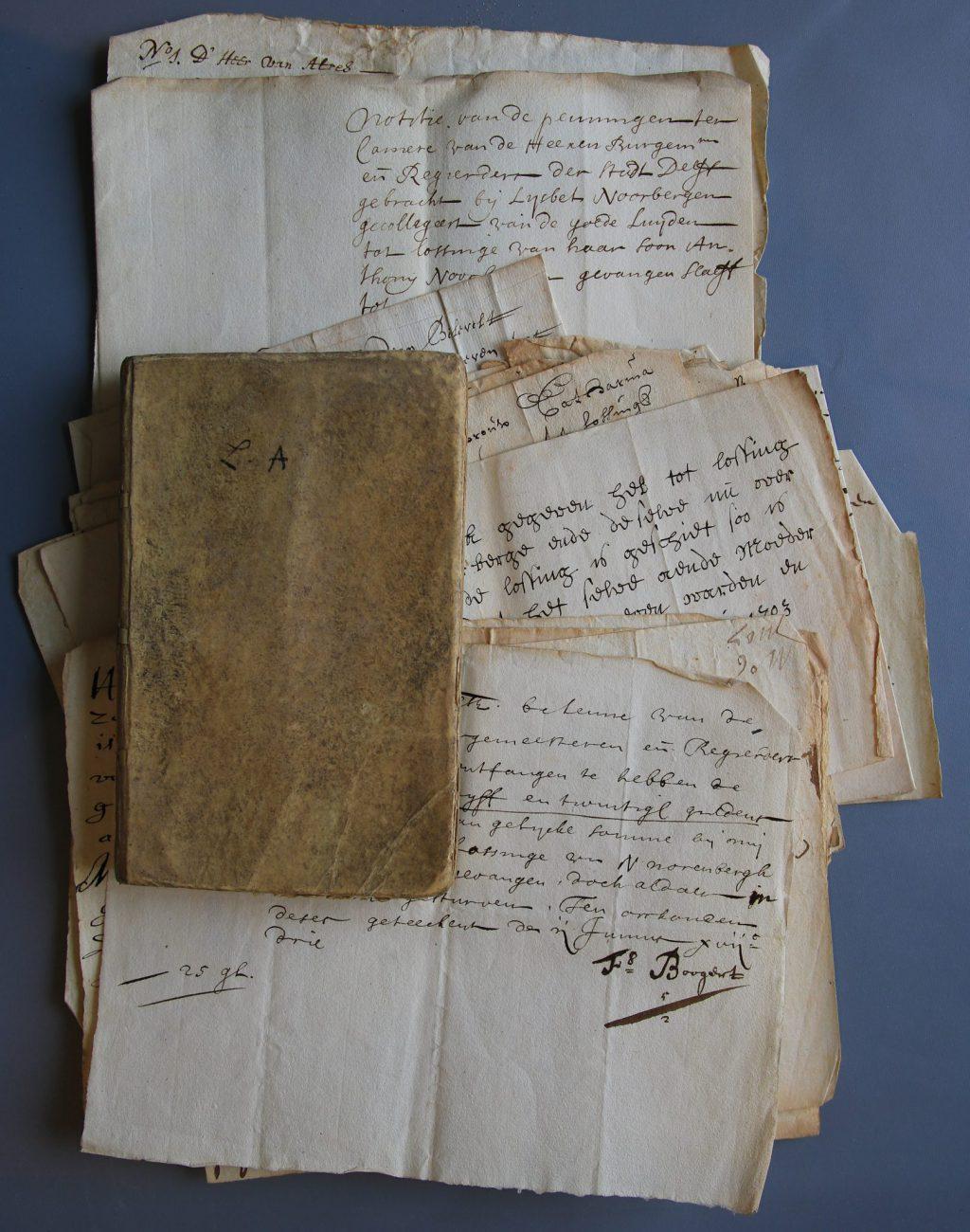 Documenten over de inzameling van geld voor het loskopen van Anthony Noortbergen (Archief 1, inv.nr 2074)