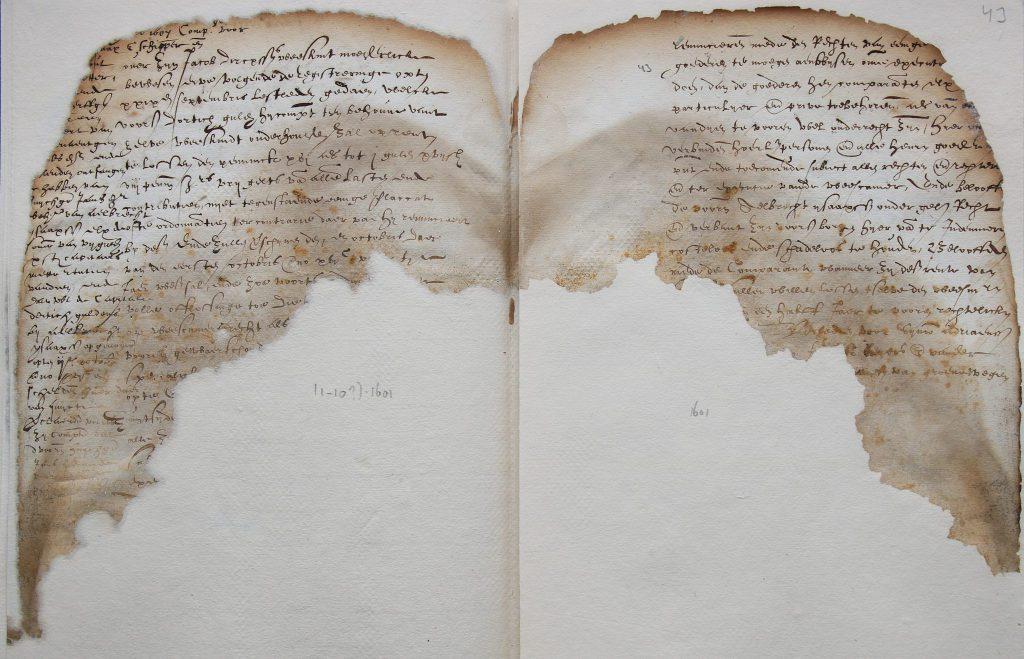 Pagina uit een register met geblakerde randen, 1601 (Archief 72, inv.nr 334)