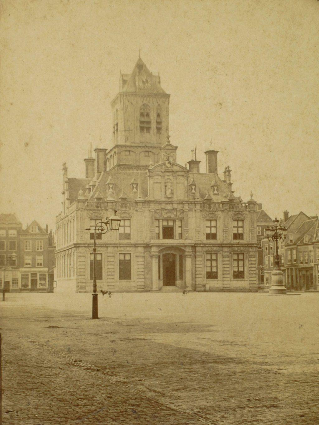 Stadhuis, ca. 1880, foto Henri de Louw (TMS 20842)