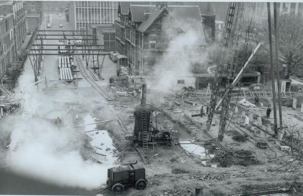 Bouw van de Sint Sebastiaansbrug, 1960-1961, foto provincie Zuid-Holland (TMS 83275)